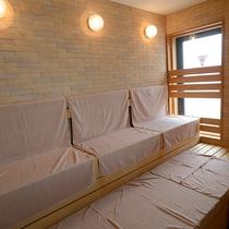 【10階大浴場】サウナを完備:汗を流してリフレッシュ♪