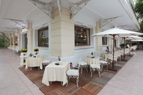 ラドルチェヴィータ(La Dolce Vita)カフェ