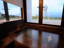絶景洋室タイプ 溶岩石の内風呂(温泉)