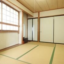 客室430(8畳+6畳)