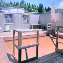*【露天風呂】かぐやの湯。広々とした空間の露天風呂です。