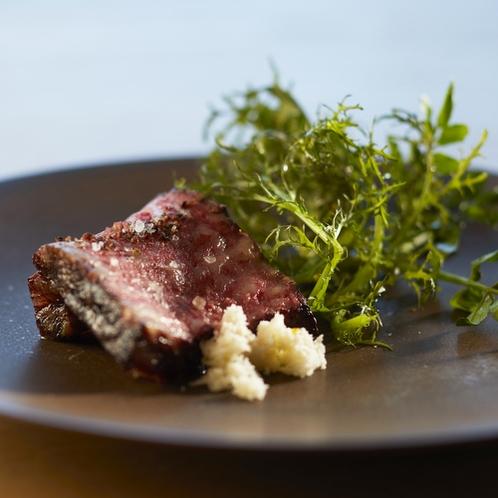 【春夕食例】道産和牛もも肉の低温ロースト