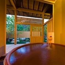 客室専用風呂一例:花梨