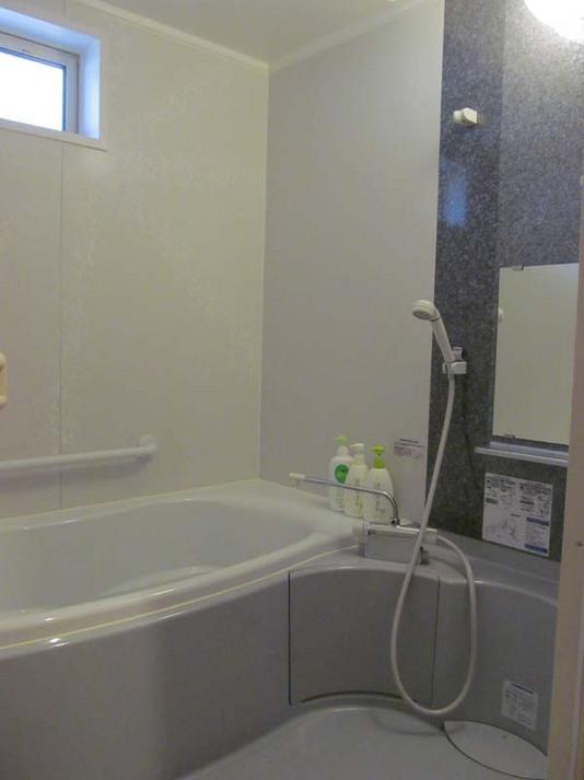 8人棟 風呂