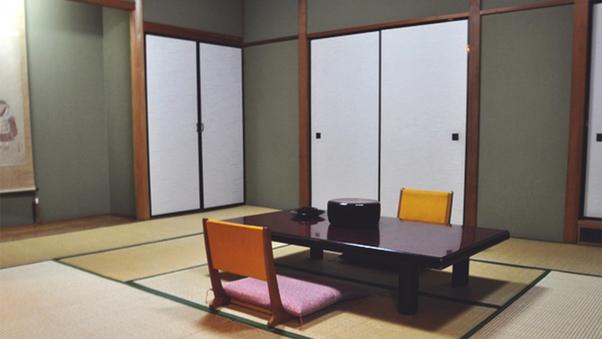 和室8畳(トイレ・洗面付)