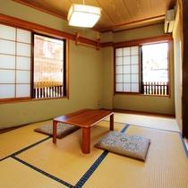 6畳タイプの客室一例