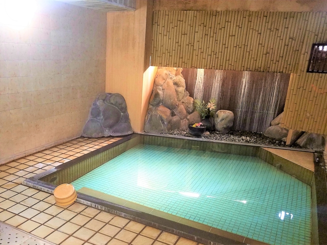 大浴場① 源泉かけ流し天然温泉