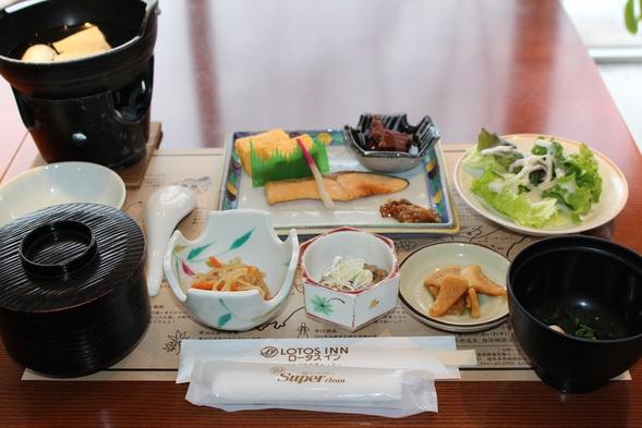 【トリプルルーム×平日プラン】西会津ならではの食材を生かした創作和食膳と源泉掛け流し温泉を楽しむ