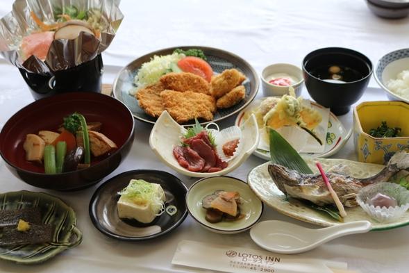 【ツインルーム】西会津ならではの四季折々の食材を生かした創作和食膳と源泉掛け流しの温泉を楽しむ