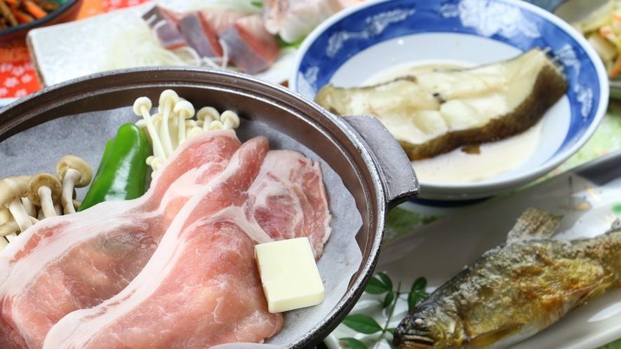 【満腹】お肉も魚も付いて大満足!