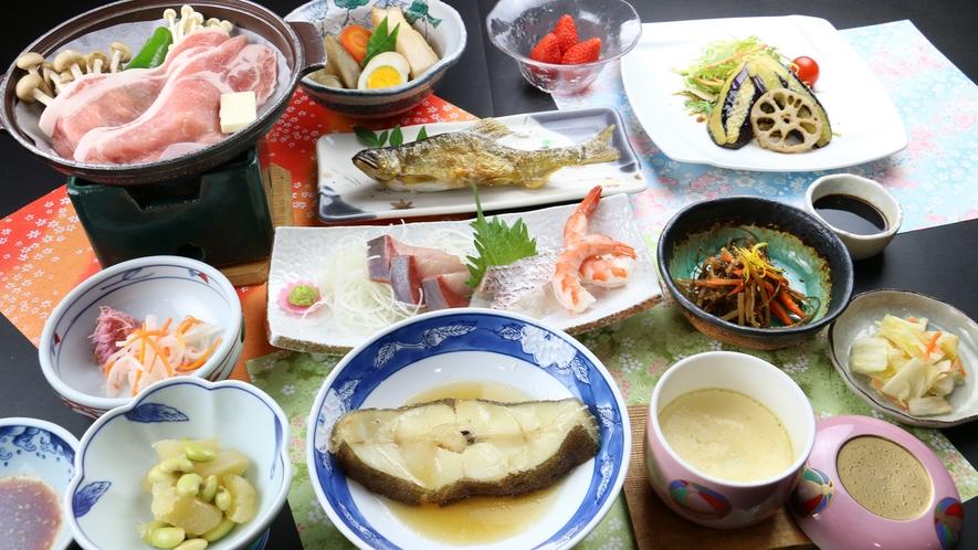 【満腹】鮎の塩焼き、お刺身、煮魚と陶板焼きまで付いた満足お魚プラン