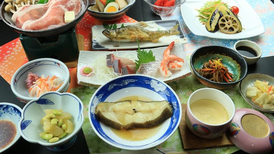 【満腹】鮎とお刺身と煮魚でお魚満載満足コース