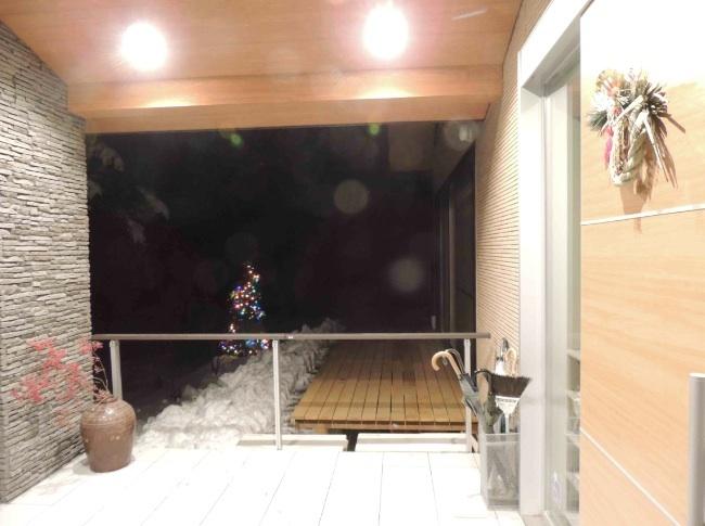 施設 エントランス冬景色12