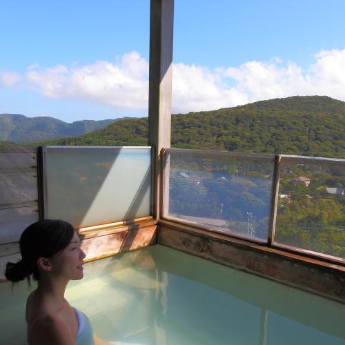 箱根の山々を臨む貸切展望風呂