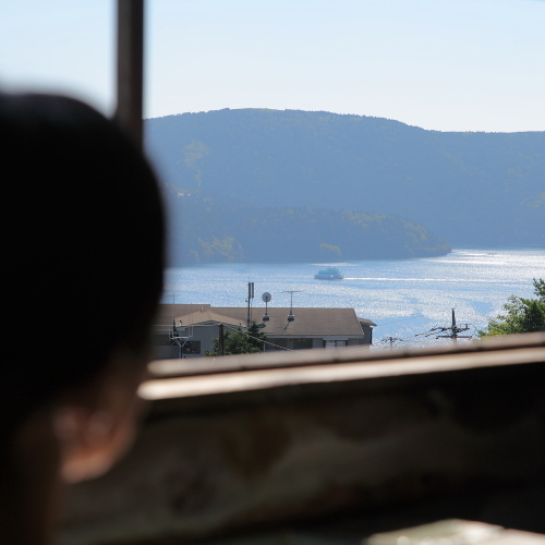 芦ノ湖を眺める貸切展望風呂