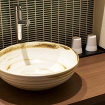 露天風呂付ツインルーム/Twin Room with Open-Air Bath◆陶器の洗面台