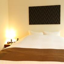 【スタンダードルーム B(63平米/テラス付/定員2~3名/1階)】2か所ベッドルームのあるお部屋で