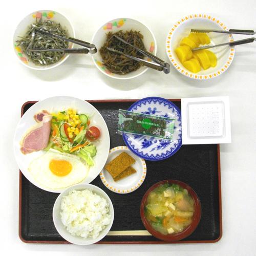<朝食>朝はやっぱりほっこりやさしい和定食が一番。。