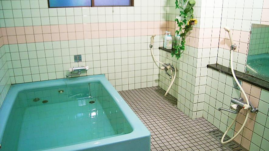 館内一例:男女別の浴場