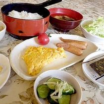 *【朝食一例】1日の栄養をつけて、また元気仕事へ観光へ