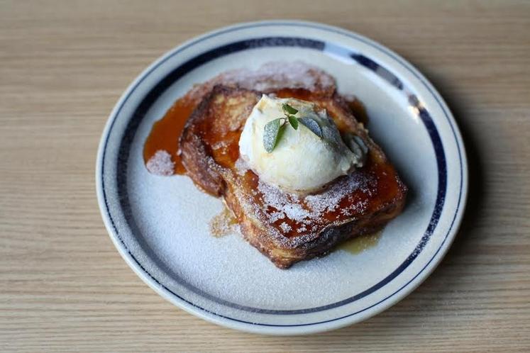 カフェ 大人気☆フレンチトースト