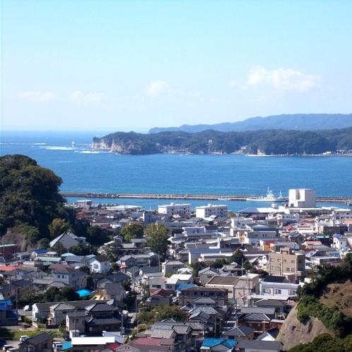 客室からの眺望例。勝浦の海を眺めながらゆったりと。