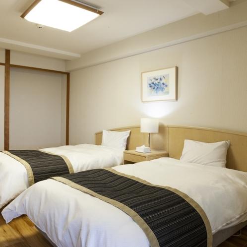 全室にふかふかのゆったりベッド付き。浴衣もご用意しております。