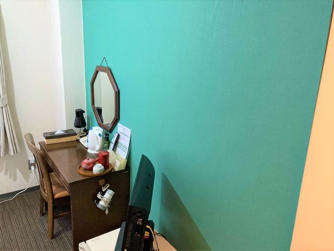 新しい壁紙改装完了しました。洋室は全部屋片面緑色のアクセントクロスです