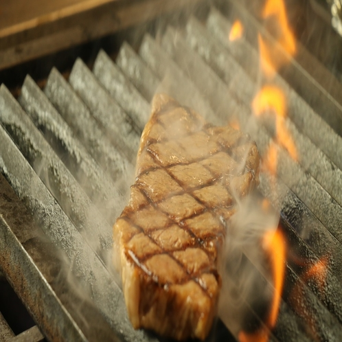 精肉店直営ホテル自慢の豊後牛サーロインステーキ