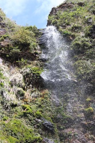 雄大なる唐滝