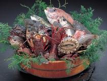 魚盛り込み