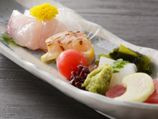 お造り(夕食一例)/レストラン