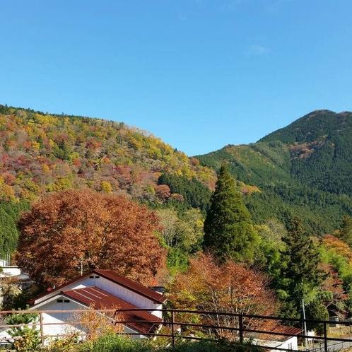 秋の洞川温泉風景