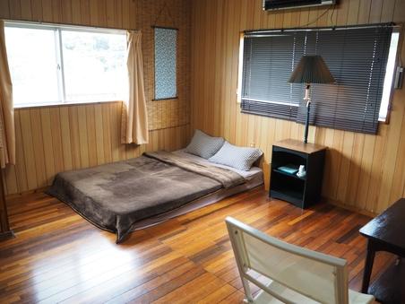 ダブルベット個室