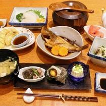 10 [料理] 夕食(2):瀬戸内海の海の幸