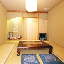 02 [8帖和室] はづき(2):畳と木の空間