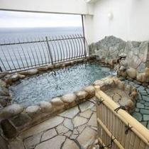 最上階露天風呂(正方形)