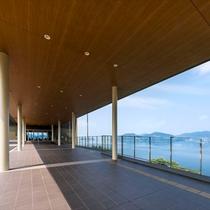 アプローチ◆瀬戸内海一望の風光明媚な景色をお楽しみください