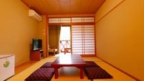 和室のお部屋でのんびりお過ごしください【和室】