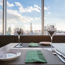 【12階レストランG】朝食は、30種類以上から選べる和洋ブッフェをご用意しております。