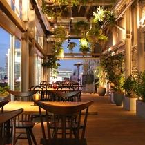 【13階ルーフトップバー&テラスG】新宿グランベルホテル13階にあるルーフトップバー。