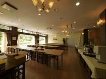 1階食堂ではご夕食・ご朝食を用意★美味しいお食事をどうぞ♪