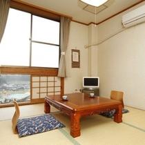 ■【客室】プライベート空間が充実した、シンプルな6畳のお部屋。