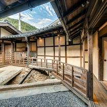 【樫602】2018年10月OPEN!オープンテラスと客室下を流れる水路が特徴的な贅沢な設えの客室