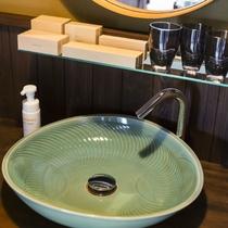 職人魂が光る日本六古窯、丹波焼の洗面鉢。