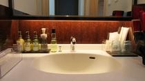 *【客室一例】洗面スペース:清潔に保たれた洗面台