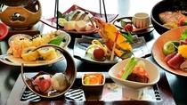 *〔スタンダード〕山海の幸をふんだんに。お造りや煮魚など瀬戸内を実感するお食事です。(夕食一例)