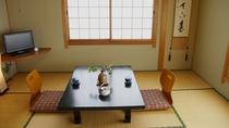 *【旧館客室一例】1フロアー貸し切り★誰にも気兼ねせず、ごゆっくりお寛ぎ頂けます。