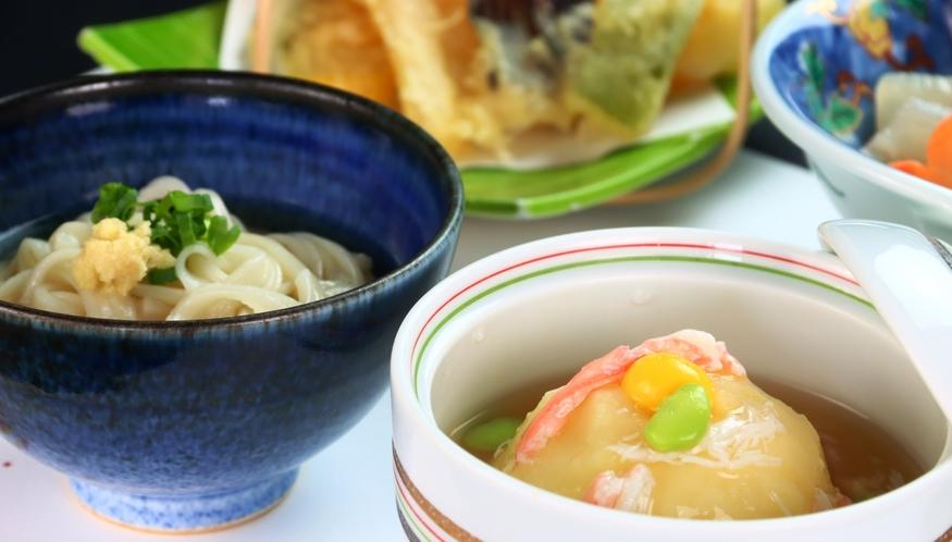 【氷見うどん】季節のオススメ料理の会席料理