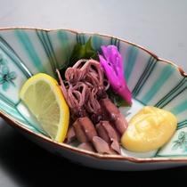 【ホタルイカ釜揚】肉厚で丸々太っていて、食べた時のプリプリ感は最高♪